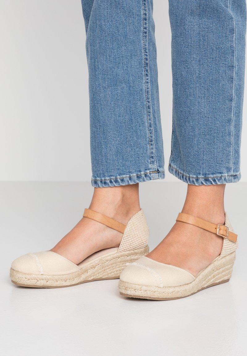 mtng - Platform heels - sand/tan