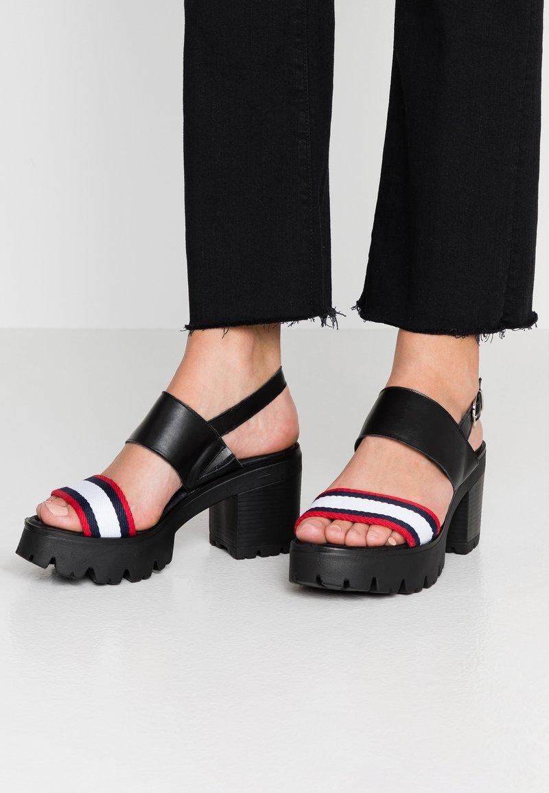 mtng - SABA - Korkeakorkoiset sandaalit - black