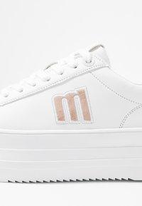 mtng - TEA - Sneakersy niskie - blanco - 2