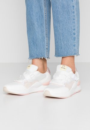 MAXI - Tenisky - white/mapy white/soft beige/yoda taupe
