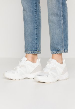 SERENA - Sneakers - yoda white