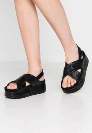 TARIM - Sandály na platformě - black