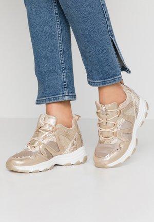 SERENA - Sneakers - roko platino
