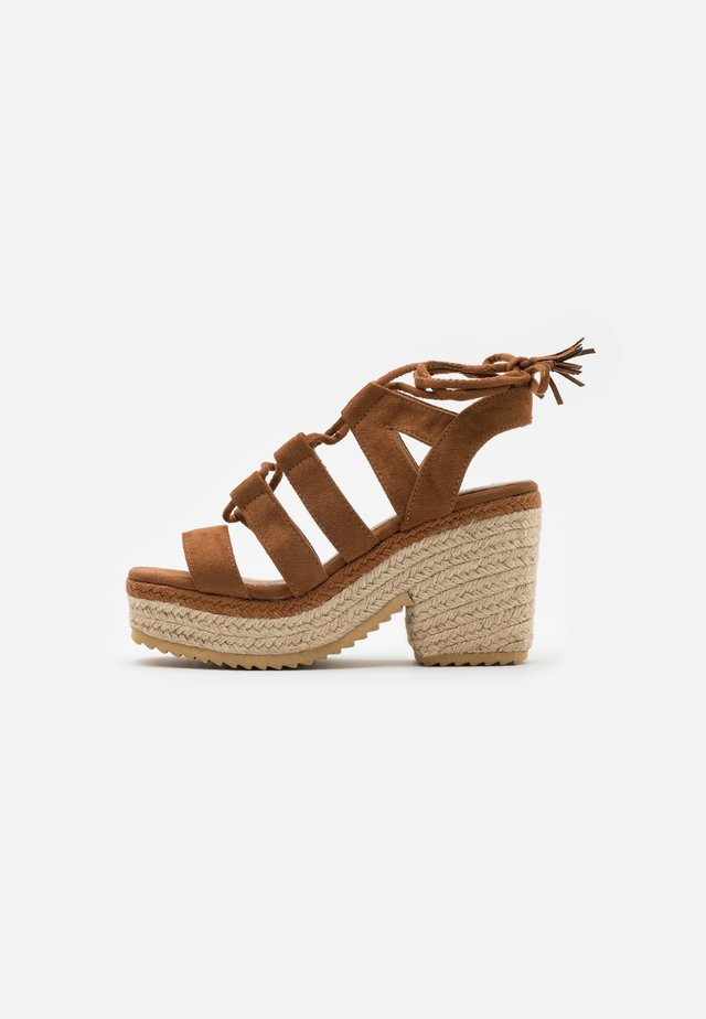 CAMBA - Korolliset sandaalit - brown