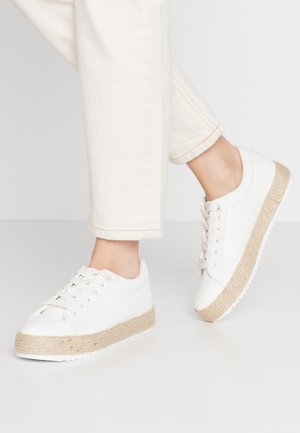 CARIBE - Loafers - trenza blanco