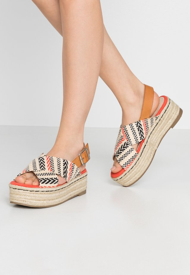 NEW TESSY - Loafers - coral