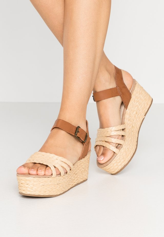 NEW SOCOTRA - Sandalen met plateauzool - natural