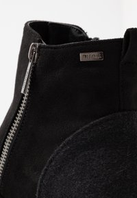 mtng - NEW SCHOOL - Korte laarzen - black - 2