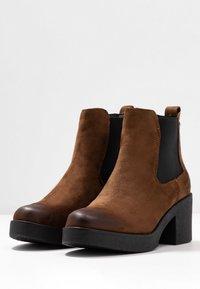 mtng - ERIS - Ankle boots - moka - 4