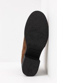 mtng - ERIS - Ankle boots - moka - 6