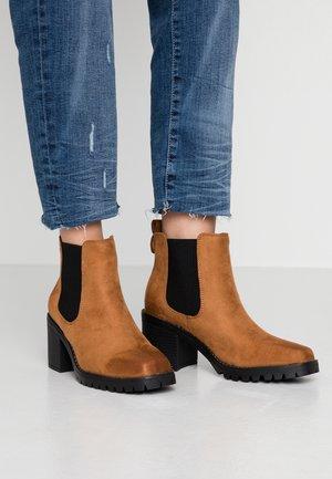 ZEUS - Ankle boots - tan
