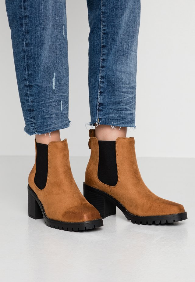ZEUS - Ankle Boot - tan