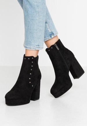 NEW - Kotníková obuv na vysokém podpatku - black