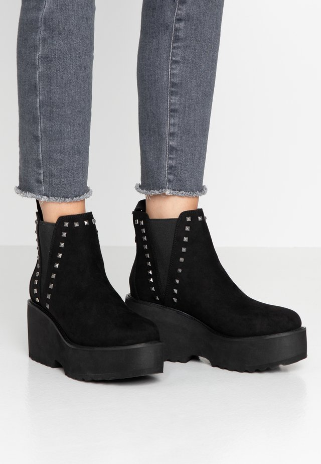 TOSCA - Ankle Boot - black