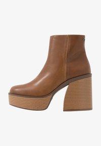 mtng - SETENTA - Kotníková obuv na vysokém podpatku - god - 1