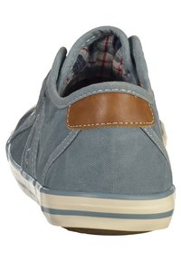 Mustang - Trainers - blue - 3