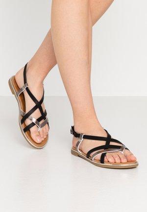 Sandaler m/ tåsplit - schwarz/bronze