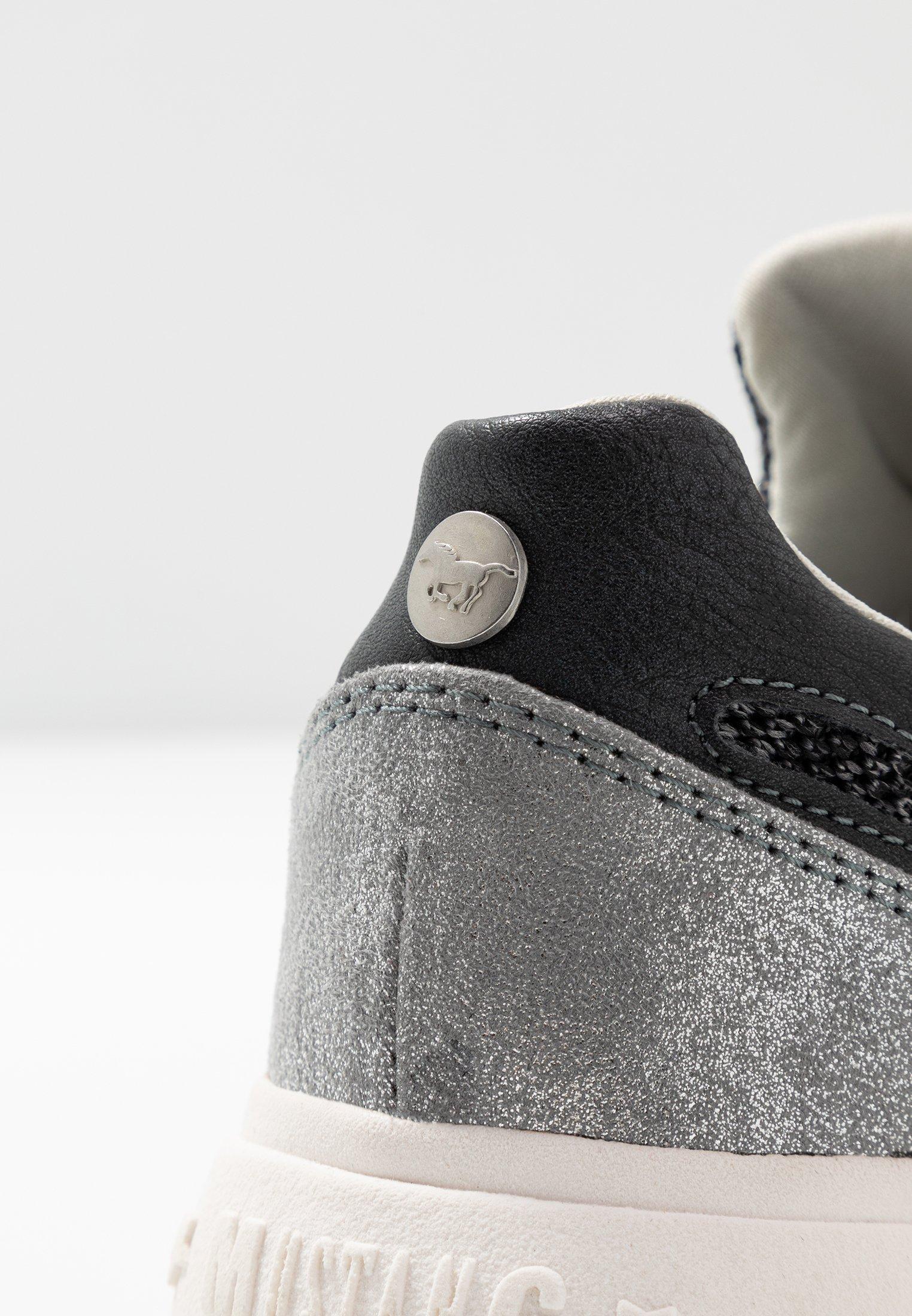 Mustang Sneakers - schwarz