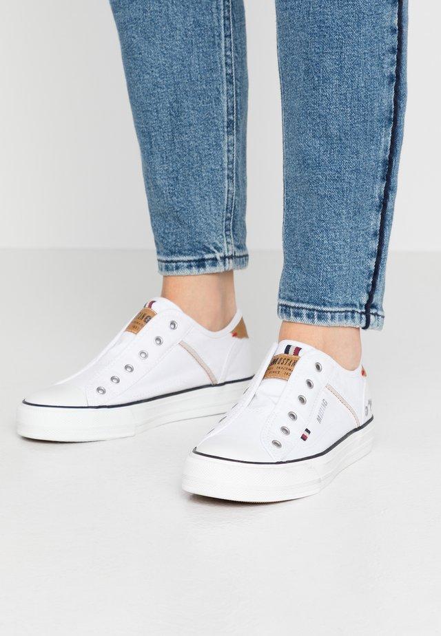 Loafers - weiß