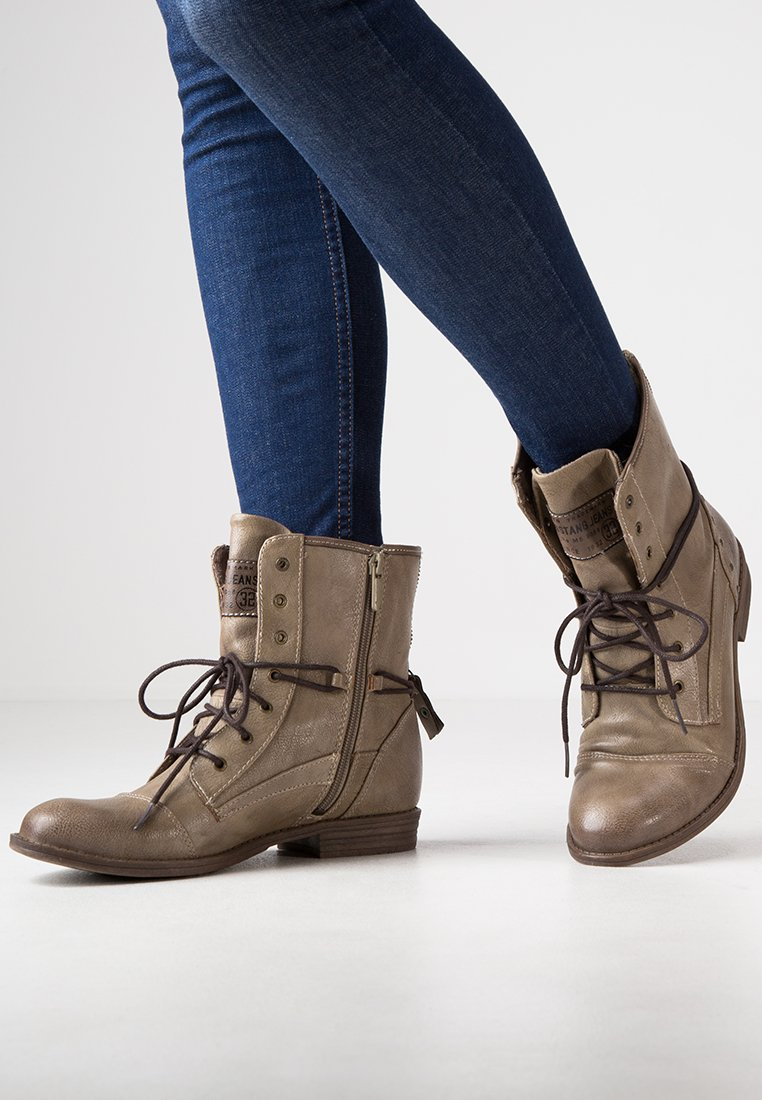 Mustang - Lace-up ankle boots - taupe
