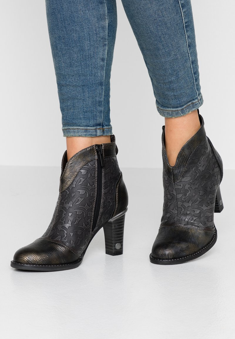 Mustang - Ankle boots - graphit