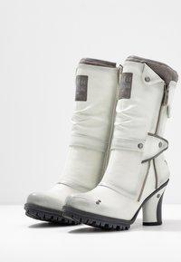 Mustang - Laarzen met hoge hak - ice - 4