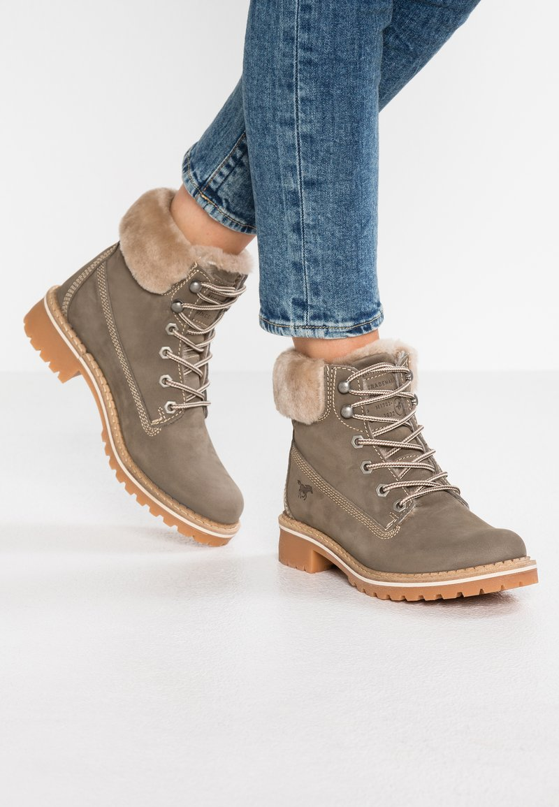 Mustang - Winter boots - taupe