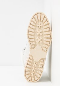 Mustang - Ankle boots - offwhite - 6
