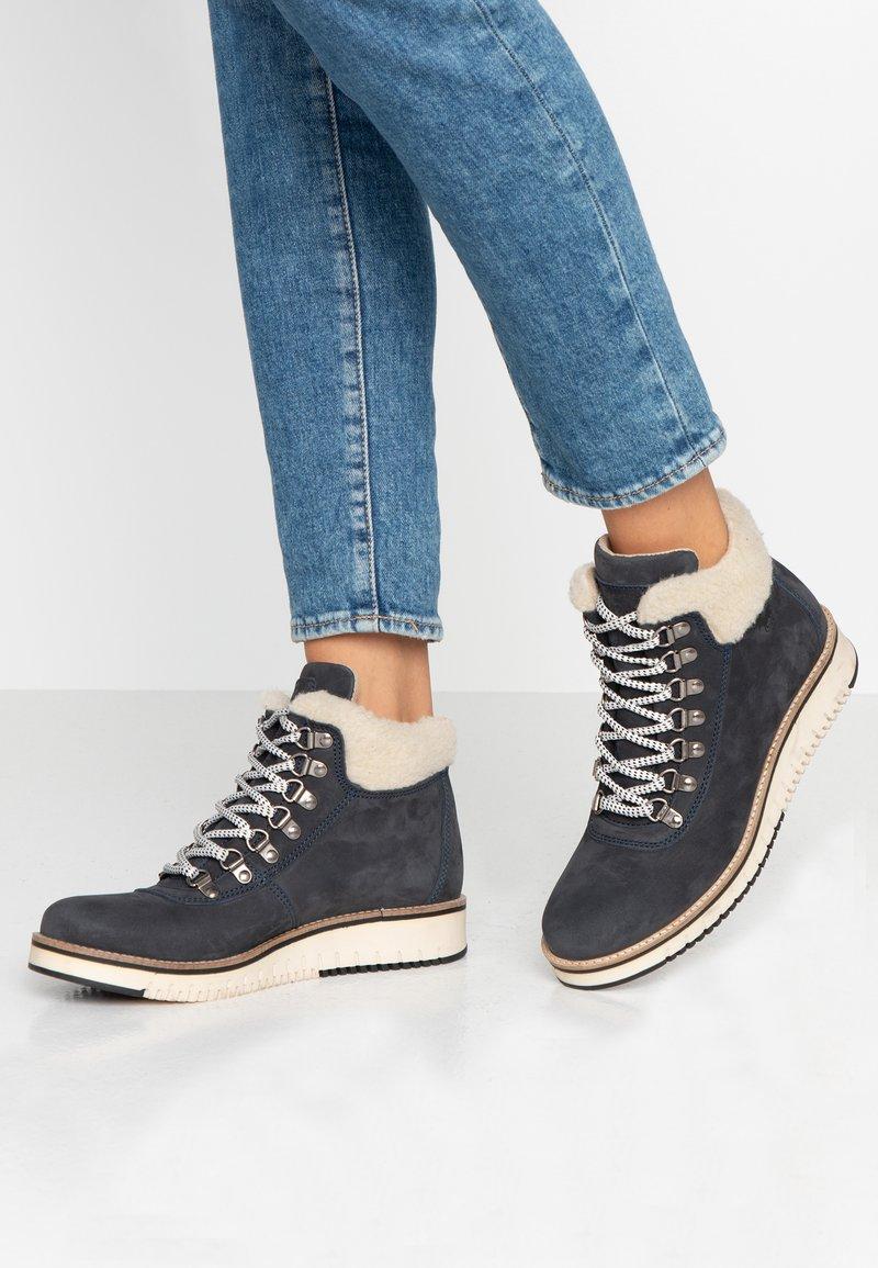 Mustang - Kotníková obuv - navy