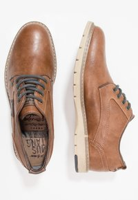 Mustang - Chaussures à lacets - kastanie - 1