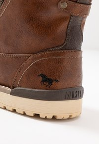 Mustang - Bottines à lacets - kastanie - 5