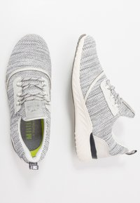 Mustang - 4132-301 - Sneaker low - offwhite - 1