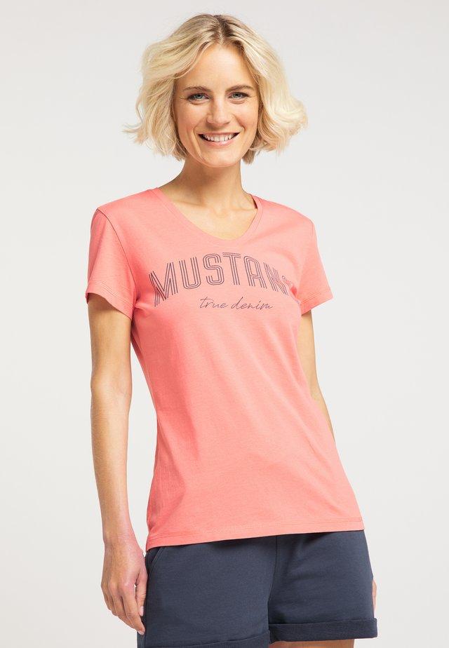 ALEXIA  - T-Shirt print - rosa
