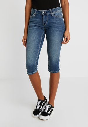 JASMIN CAPRI - Shorts vaqueros - denim blue/medium dark