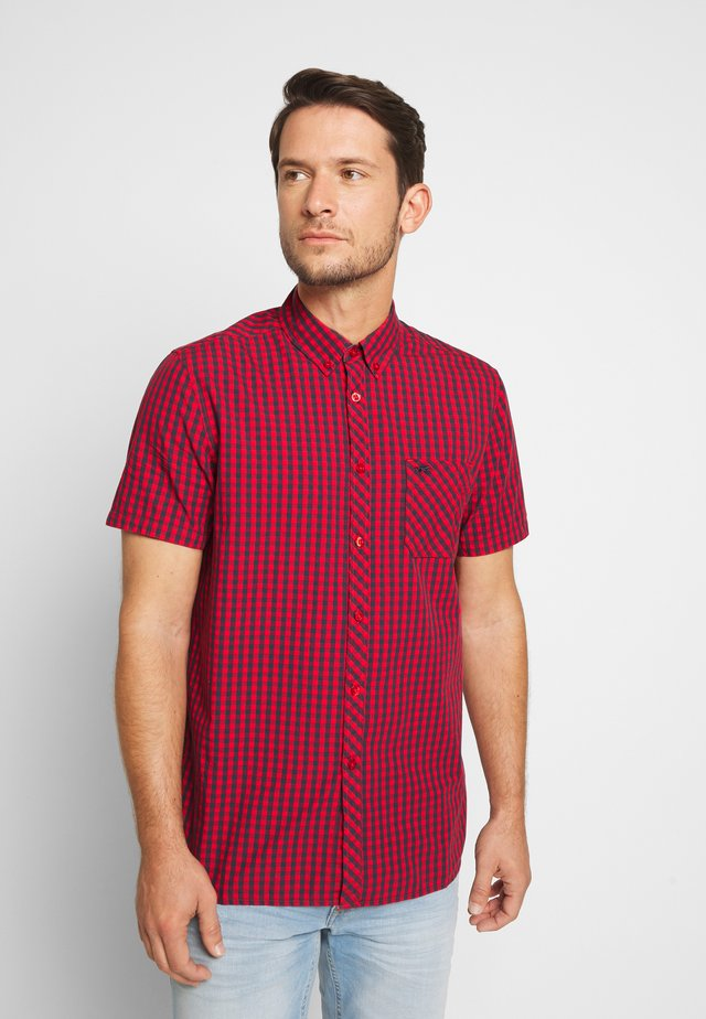 COLLIN - Shirt - red