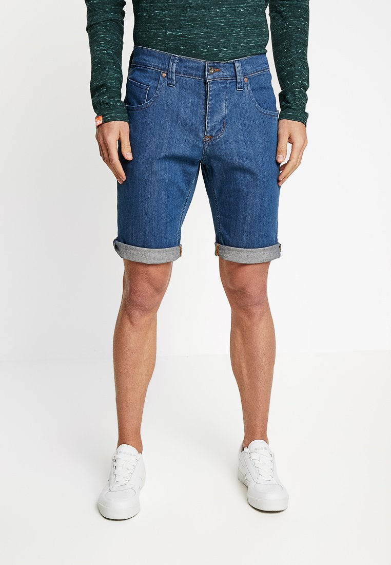 Mustang - Denim shorts - medium bleach