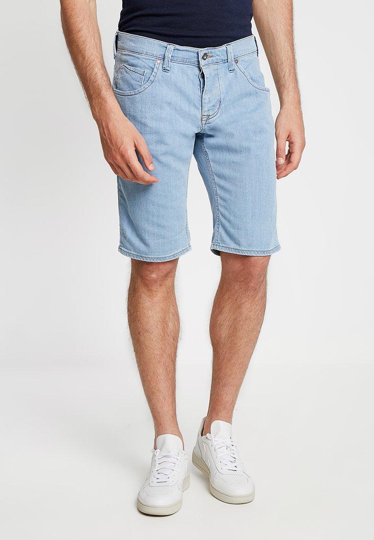 Mustang - Jeans Shorts - super bleach