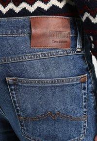 Mustang - TRAMPER - Slim fit jeans - super stone washed - 4
