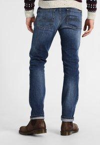 Mustang - TRAMPER - Slim fit jeans - super stone washed - 2