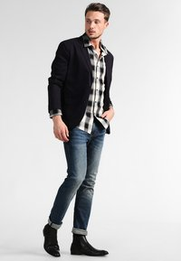 Mustang - OREGON TAPERED - Slim fit jeans - stone washed - 1