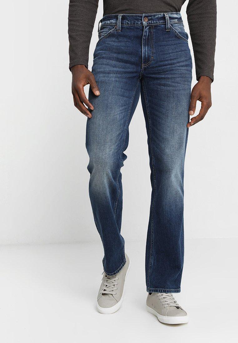 Mustang - TRAMPER - Jeans Straight Leg - denim blue
