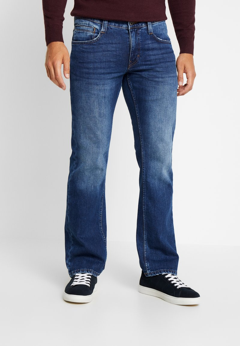 Mustang - OREGON - Jeans Bootcut - medium dark