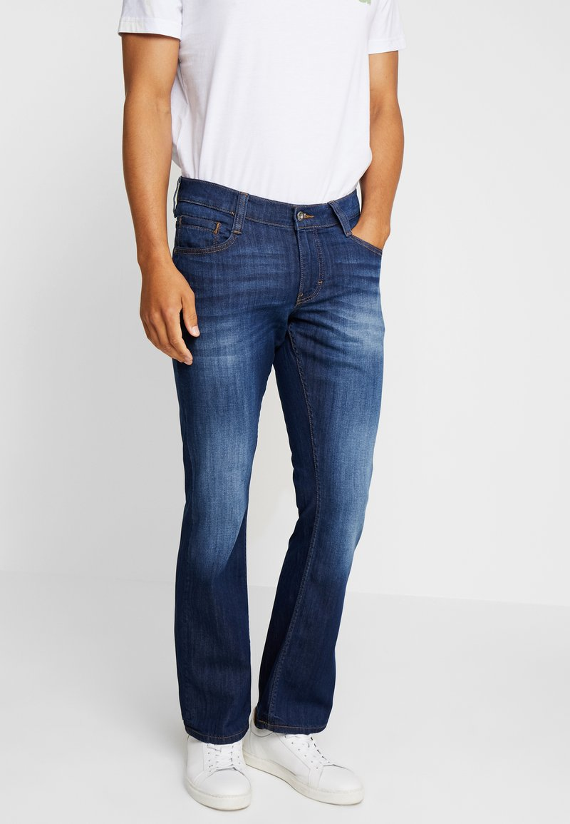 Mustang - OREGON BOOT - Jeans Bootcut - denim blue