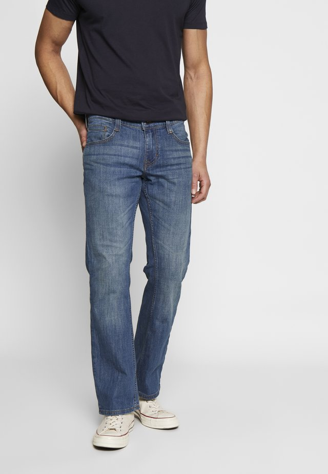 OREGON BOOT - Bootcut jeans - denim blue