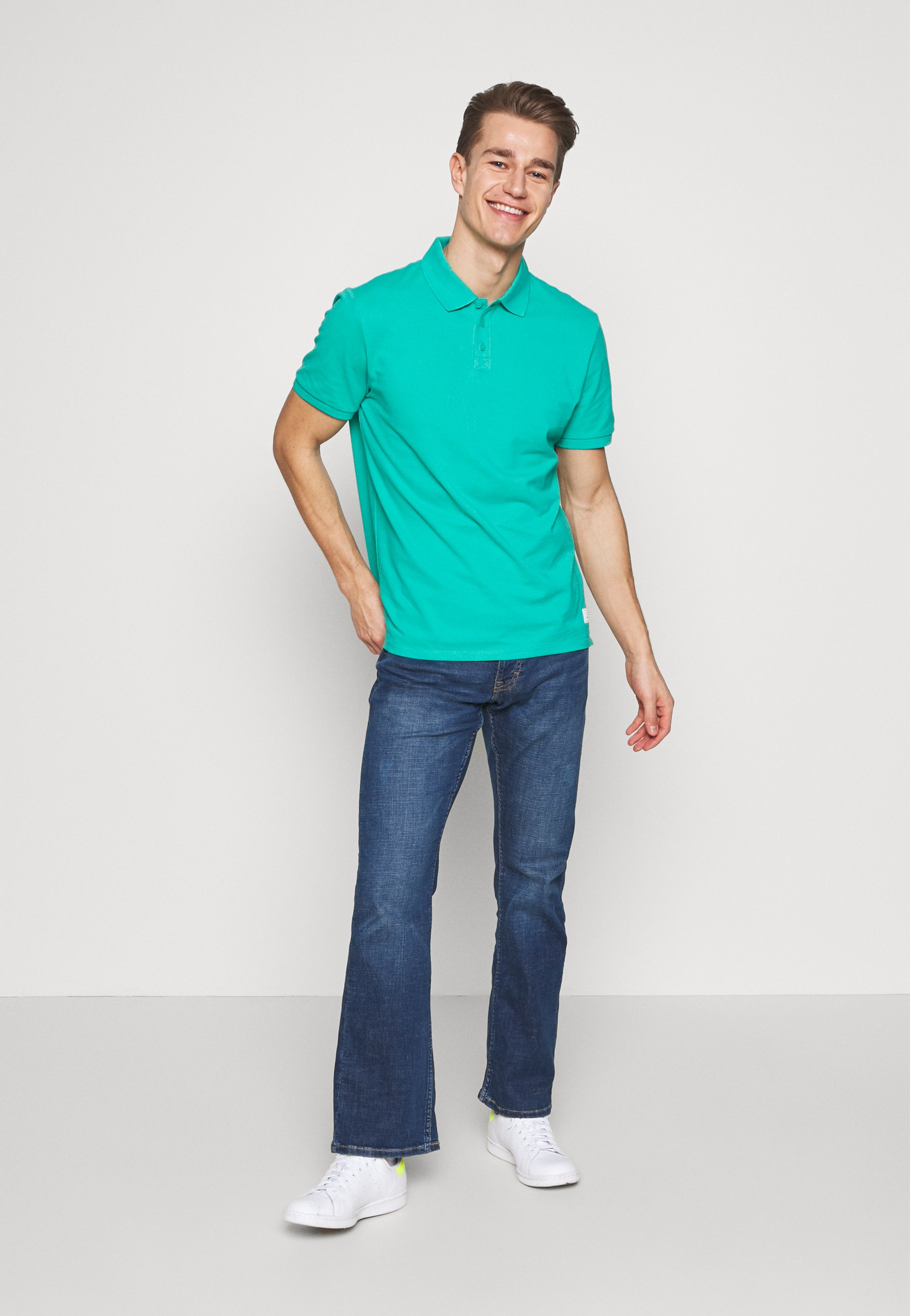 Mustang Oregon - Jeans Bootcut Denim Blue