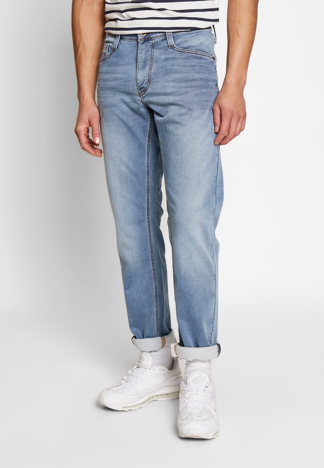 OREGON TAPERED - Jeans Tapered Fit - denim blue