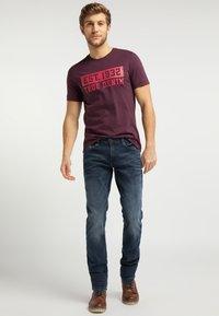 Mustang - OREGON  - Slim fit jeans - blue - 1