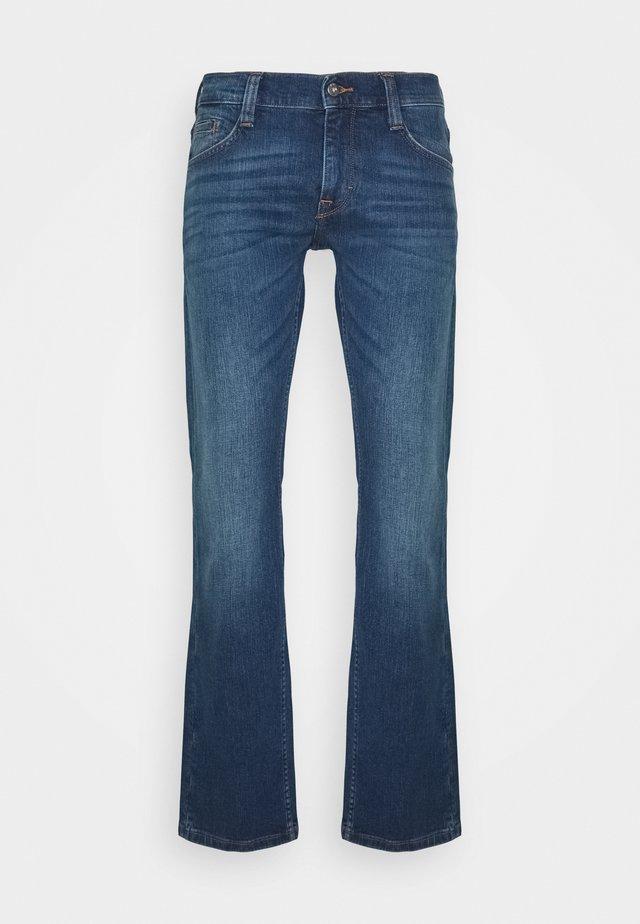 OREGON BOOT - Jeans Bootcut - blue denim