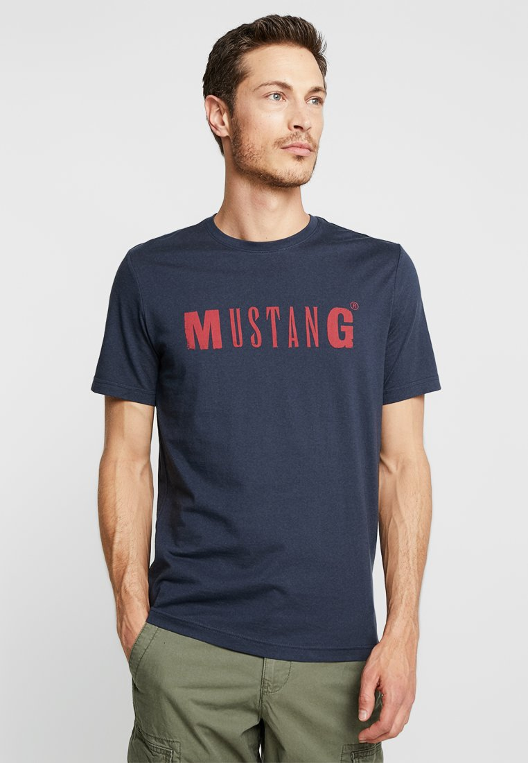 Mustang - LOGO TEE - T-Shirt print - blue nights