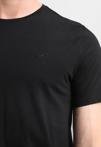 Mustang - C-NECK 2 PACK - T-shirt - bas - black - 4